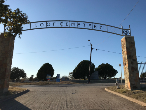 Denton's IOOF Cemetery. Photo by Gena Philibert-Ortega